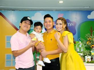 Vợ chồng Hải Băng tổ chức tiệc thôi nôi cho con trai út, nhiều sao Việt đến tham dự