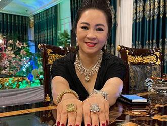 Bà Phương Hằng phản pháo tin đồn bị ngân hàng siết nợ, bị đuổi khỏi Đại Nam, đang trốn chạy vì đột ngột ngừng livestream đấu tố