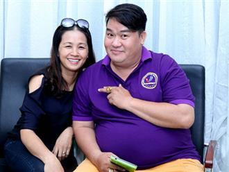 Vợ đại gia kín tiếng sao Việt: Người là tiểu thư gia tộc nghìn tỷ, người nhìn 'phèn' như giúp việc nhưng 'tiền quấn quanh người'