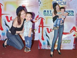 Hiếm hoi xuất hiện cùng con trai, Phi Thanh Vân lại mặc áo hớ hênh lộ vòng 1 'ngồn ngộn' thế này