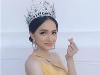 Cận kề thời khắc chuyển giao vương miện, Hoa hậu Hương Giang khoe vẻ đẹp miễn chê