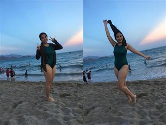 Cát Tường 'đốt mắt' công chúng khi diện bikini nóng bỏng, gợi cảm trước biển