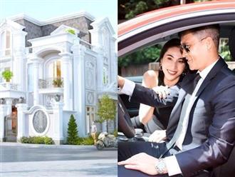 Cuộc sống cực giàu của Công Vinh - Thủy Tiên: Tháng tốn 200 triệu, biệt thự và siêu xe