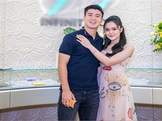 """Duy Mạnh hoài niệm về """"độ đẹp trai"""" thời chưa cưới Quỳnh Anh, thông báo sắp lên chức bố"""