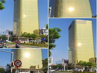Hai tòa cao ốc ốp kính vàng phản quang gây chói mắt ở Đà Nẵng: Các chủ đầu tư tự ý lắp đặt kính màu vàng thay thế kính màu xanh