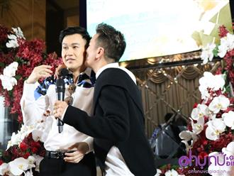 Hành động 'siêu' ngọt ngào của Đàm Vĩnh Hưng khi Dương Triệu Vũ chi 100 triệu đồng mua 500 album để ủng hộ