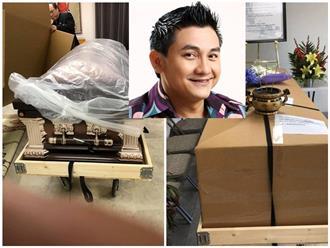 Ảnh hiếm: Thi hài Anh Vũ được đóng gói cẩn thận trước khi đưa lên máy bay về quê hương