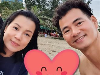 Hiếm hoi đăng ảnh ngọt ngào bên ông xã, vợ Xuân Bắc nói thật về mối quan hệ với chồng sau 20 năm