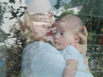 Hồ Ngọc Hà lần đầu khoe cận mặt con gái, dân mạng khen nức nở 'bé giống mẹ đẹp quá'