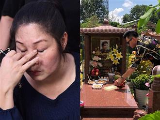Hồng Vân tâm sự nghẹn ngào nhân 100 ngày mất của Anh Vũ, Leon Vũ về nước đến mộ thắp hương cho bạn thân