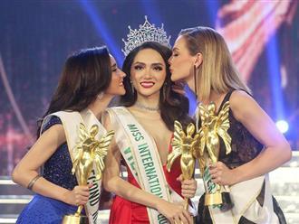Kết thúc 1 năm nhiệm kỳ, Hương Giang đã làm tròn trọng trách của một Hoa hậu?