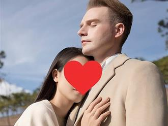 Kyo York khoe ảnh người yêu mới nhưng giấu kín danh tính vì lý do này