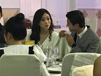 Lộ ảnh Á hậu Phương Nga và diễn viên Bình An cười đùa vui vẻ bên nhau