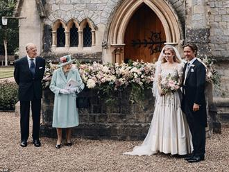 """Meghan Markle cố tình chiếm spotlight, """"phá đám"""" hôn lễ hoàng gia và hoạt động của Nữ hoàng Anh bằng thông tin về cha đẻ"""