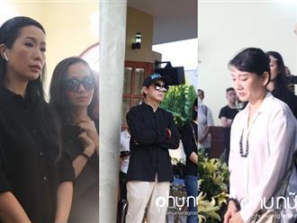 Đồng nghiệp khóc nức nở giây phút tiễn đưa nghệ sĩ Lê Bình về nơi an nghỉ cuối cùng vào sáng nay