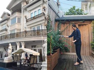 """Nhà chồng là """"siêu biệt thự"""" dát vàng nhưng nhà của bố mẹ Hà Tăng lại giản dị không ngờ"""