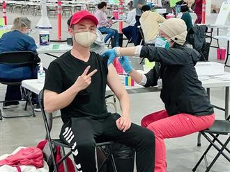 Nhật Tinh Anh hạnh phúc khoe được tiêm vắc-xin ngừa Covid-19, sao Việt phản ứng bất ngờ