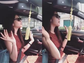 Nhún nhảy, buông vô lăng khi lái xe, Nam Em bị bạn gái Hoài Lâm chửi sấp mặt: 'Vô duyên mà không biết mình vô duyên...'