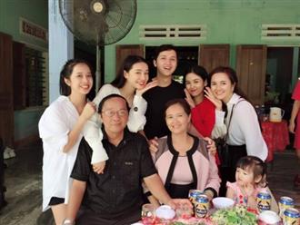 Phản ứng đầu tiên của Nhã Phương và lời chia sẻ từ người mẹ sau lễ đính hôn con gái