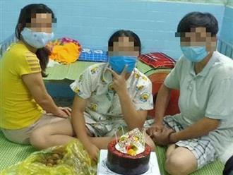 Quảng Trị: Phó Chủ tịch phường gọi vợ đang mắc COVID-19 sang gặp để tổ chức sinh nhật