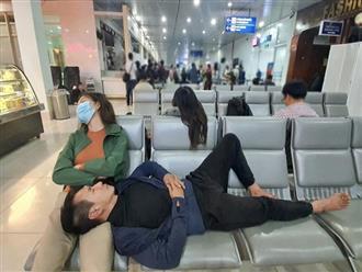 Tranh thủ ngủ ở sân bay khi đi cứu trợ, vợ chồng Lý Hải bị mỉa mai gây bức xúc