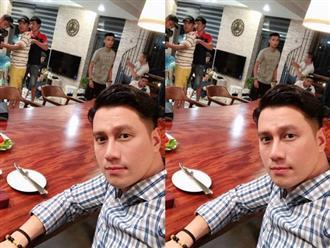Việt Anh đăng ảnh quay đêm vẫn tươi rói nhưng cộng đồng mạng lại tập trung để ý chi tiết này trên gương mặt