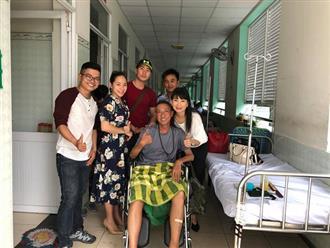 Xúc động khoảnh khắc NSƯT Mỹ Uyên vào viện trao tiền ủng hộ cho nghệ sĩ Lê Bình