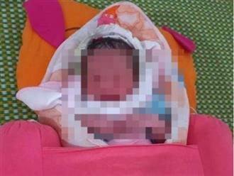 Nghệ An: Bé trai mới sinh hơn 1 tiếng, còn nguyên dây rốn, bị bỏ trong túi bóng đen đúng ngày Tết Trung thu