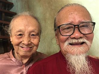 Vợ nghệ sĩ Hữu Thành nghẹn ngào: 'Vừa ăn 2 muỗng cơm thì ông trút hơi thở cuối cùng, hai con chưa về kịp để nhìn mặt cha lần cuối'