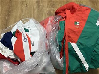 Đội tuyển bóng mềm của Mexico ném trang phục thi đấu vào thùng rác sau thất bại tại Olympic Tokyo