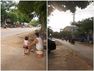 Thấy con chạy xe ròng rã 1.400 km từ vùng dịch trở về, bố mẹ ngồi đợi trước cổng, chỉ kịp vẫy tay 'tạm biệt' 14 ngày: 'Cố lên con nhé'
