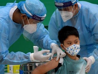 Nếu đang lo lắng về tác dụng phụ của vắc xin COVID-19, hãy đọc kỹ lời khuyên từ bác sĩ bệnh viện Đại học Y dược TP.HCM