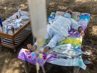 Cận cảnh 'phòng khám lộ thiên' của người dân Ấn Độ giữa lúc đại dịch COVID-19 càn quét