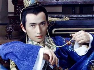 Chân dung vị hoàng đế nuôi hổ, báo và từng cho xây kỹ viện ngay trong hậu cung