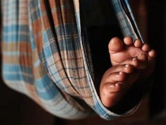 Để trả khoản nợ 1.5 triệu đồng, người đàn ông bán luôn đứa con gái hơn 2 tuổi của mình
