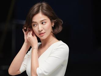 Hết đeo nhẫn, Song Hye Kyo lại khiến fan tò mò về khả năng tái hợp với Song Joong Ki