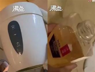Khủng khiếp: Rò rỉ clip nam thanh niên đi tiểu vào ấm nước và chai sữa tắm trong khách sạn, cố tình để khách tiếp theo dùng phải