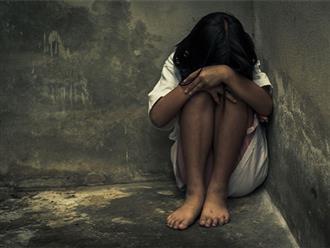 Phát hiện con gái đang học lớp 5 mang thai, ông bố tức giận lật tung trường học để tìm bằng được 'thủ phạm'