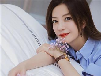 Triệu Vy đưa tình trẻ về nhà qua đêm sau buổi hẹn hò