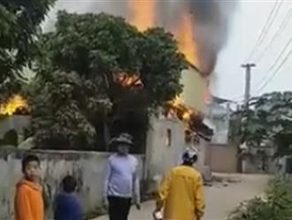 Yên Bái: Chồng tẩm xăng đốt nhà do mâu thuẫn vợ, 3 người thương vong