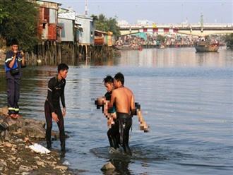 Nghệ An: Rủ nhau tắm ao, 2 cháu bé đuối nước thương tâm