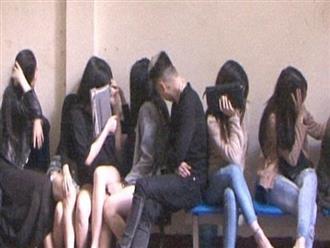 20 thanh niên thuê nhà nghỉ để sử dụng ma túy tập thể