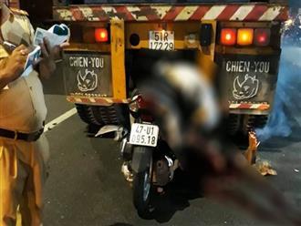 Ám ảnh tư thế nằm của nam thanh niên tử vong sau khi tông thẳng vào xe tải