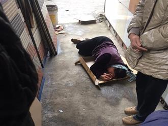 Bà nội, bà ngoại vật vã gào khóc nằm bệt bên thi thể cháu trai 16 tuổi bị xe tông tử vong