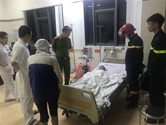 Bắc Ninh: Giải cứu bé trai 3 tuổi ngất lịm trong đám cháy dữ dội