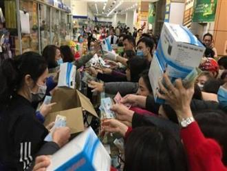 """Bán khẩu trang phòng ngừa dịch bệnh corona giá """"chặt chém"""", 16 cửa hàng ở Hà Nội bị xử lý"""