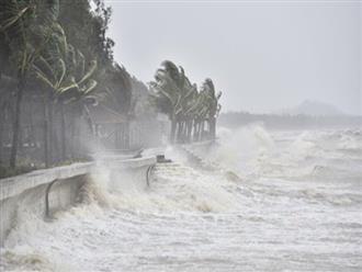Bão số 8 suy yếu Hà Tĩnh vẫn ngập sâu, đường sắt thiệt hại hàng chục tỷ đồng