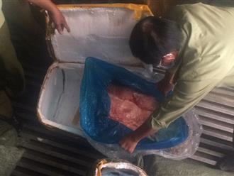 TP.HCM: Bắt 10 tấn vú heo bốc mùi hôi thối không rõ xuất xứ chuẩn bị bán ra thị trường Tết