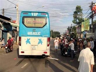 Đồng Nai: Qua đường mua đồ giúp mẹ, bé gái 5 tuổi bị xe khách cán tử vong thương tâm