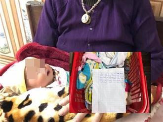 Bé gái bị bỏ rơi lúc rạng sáng kèm bức thư: 'Cháu trót dại không thể lo cho bé'